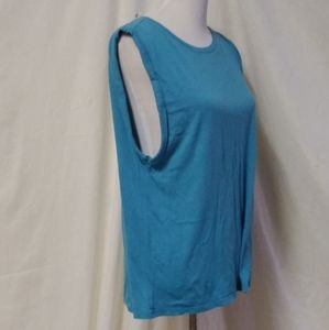 Fabletics Sleeveless Top Tank Size Large Misses